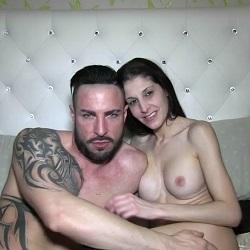 Siona Gold quiere que le den lo suyo y decide follarse a su Latin Lover italiano.