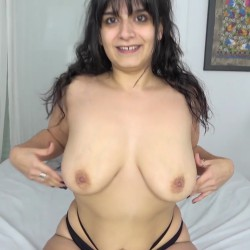 Dulce Lylah asks us for a casting and comes with a plug inside her ass